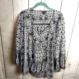 Lucky brand black white top Size 3x